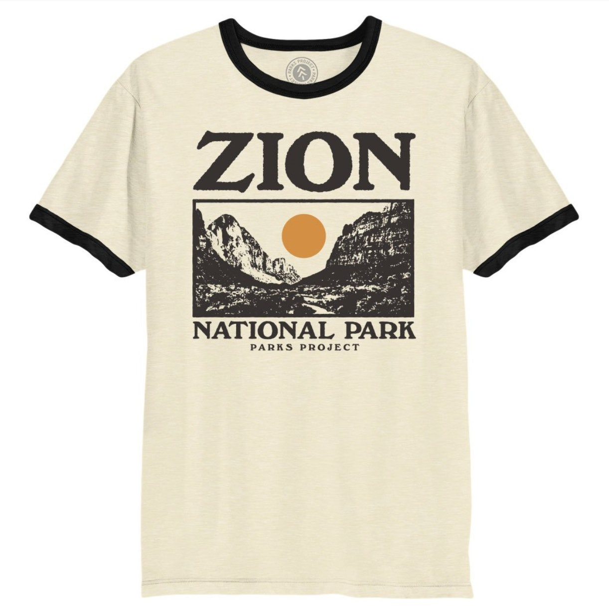 fef98da7 15 Vintage Graphic Tees That'll Help You Ace Dad Style In A Totally  Different Way