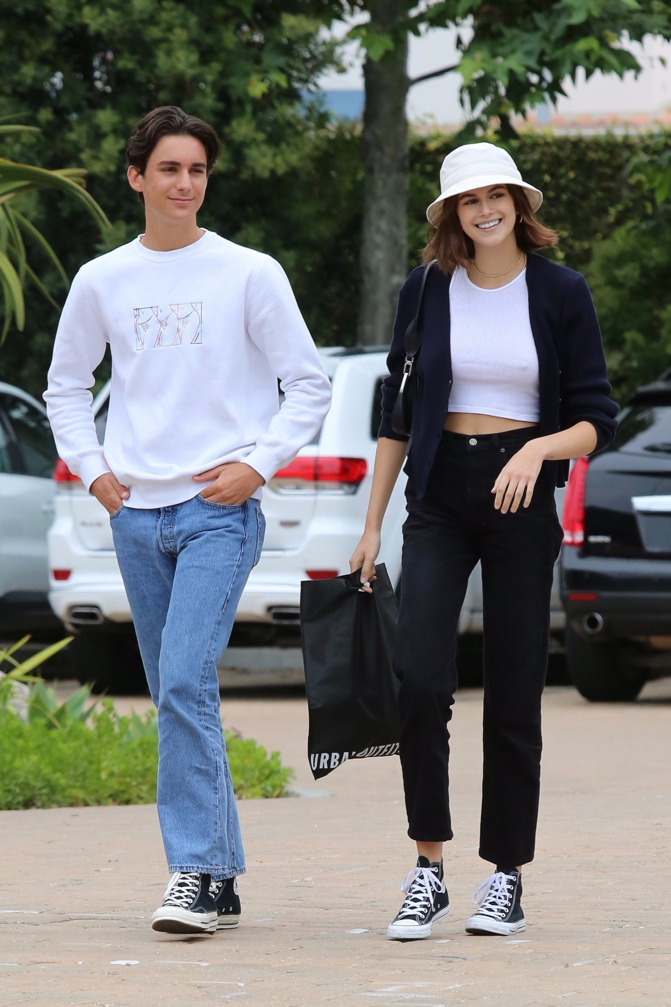 788d49c18 Kaia Gerber's Bucket Hat Look Makes A Case For The Controversial Trend