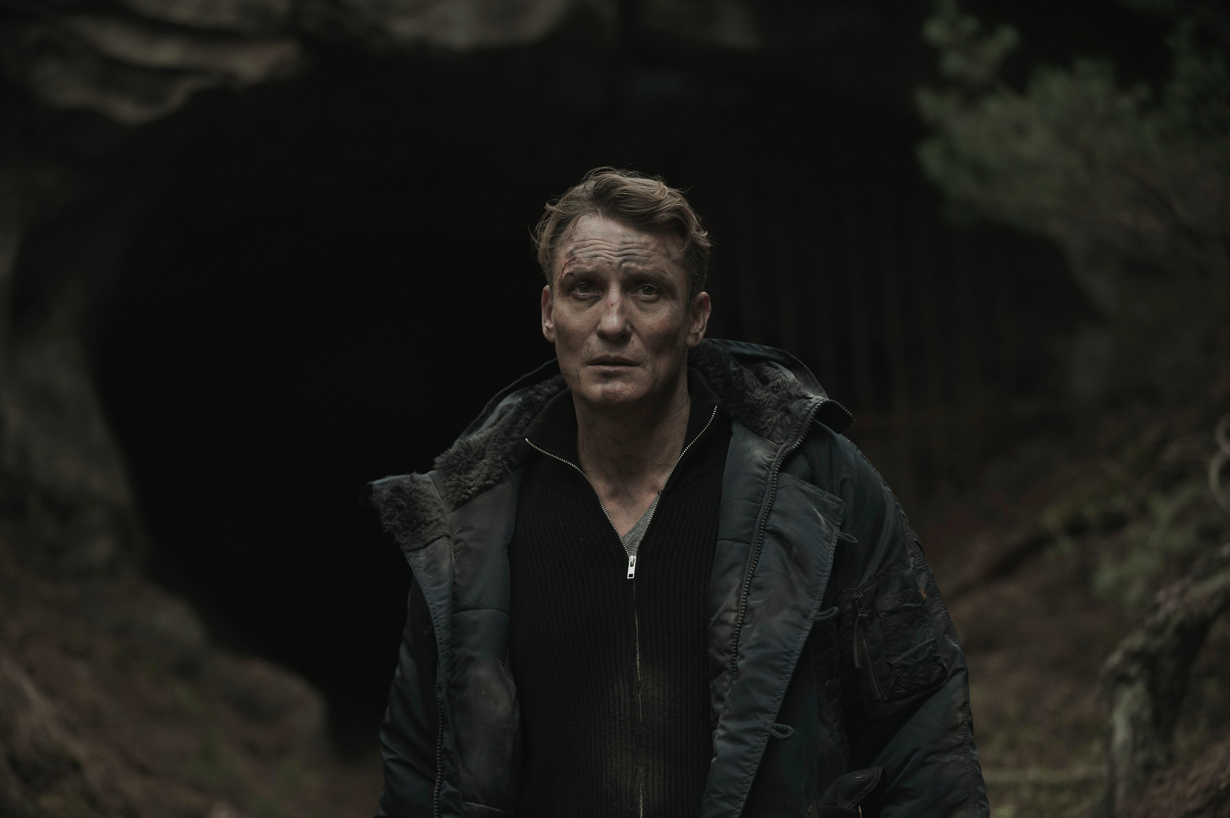 The 'Dark' Season 1 Recap You Need Before The Ultra