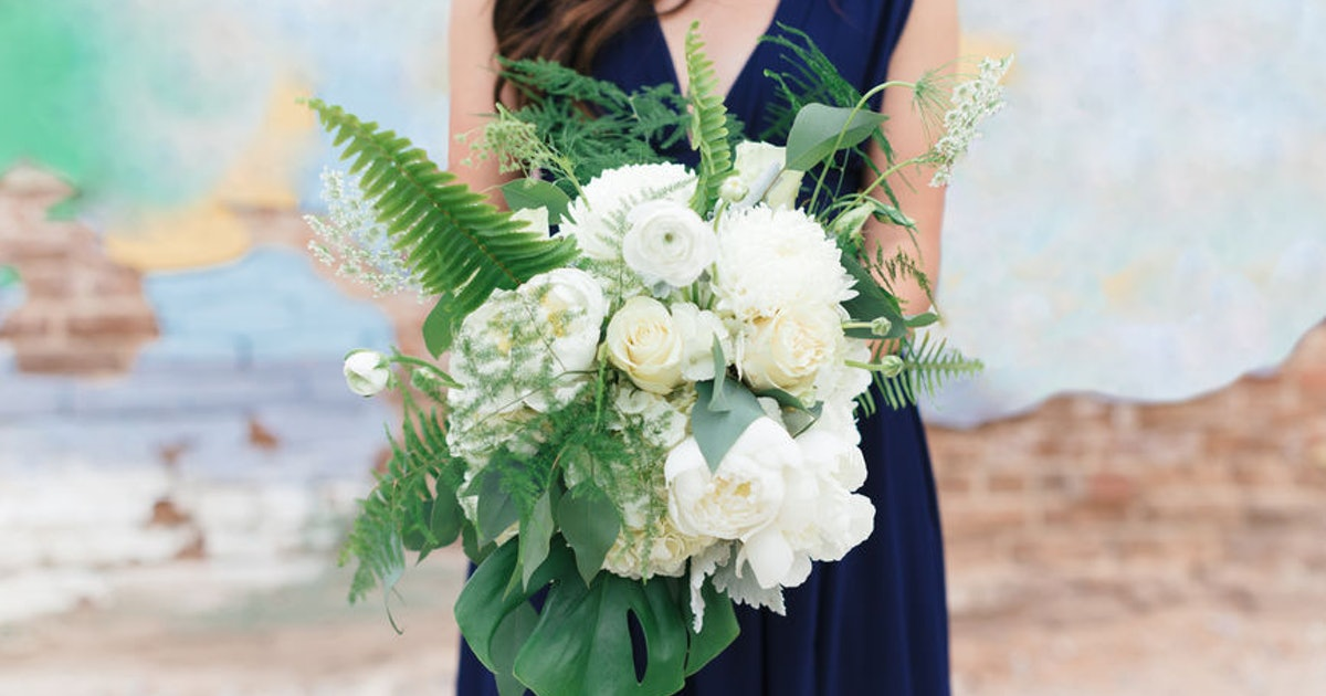 Can You Say No To Being Maid Of Honor? An Expert Says Yes, & Here's How
