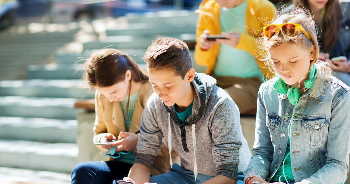 Young people are growing horns and cell phones might be to blame, according to new study