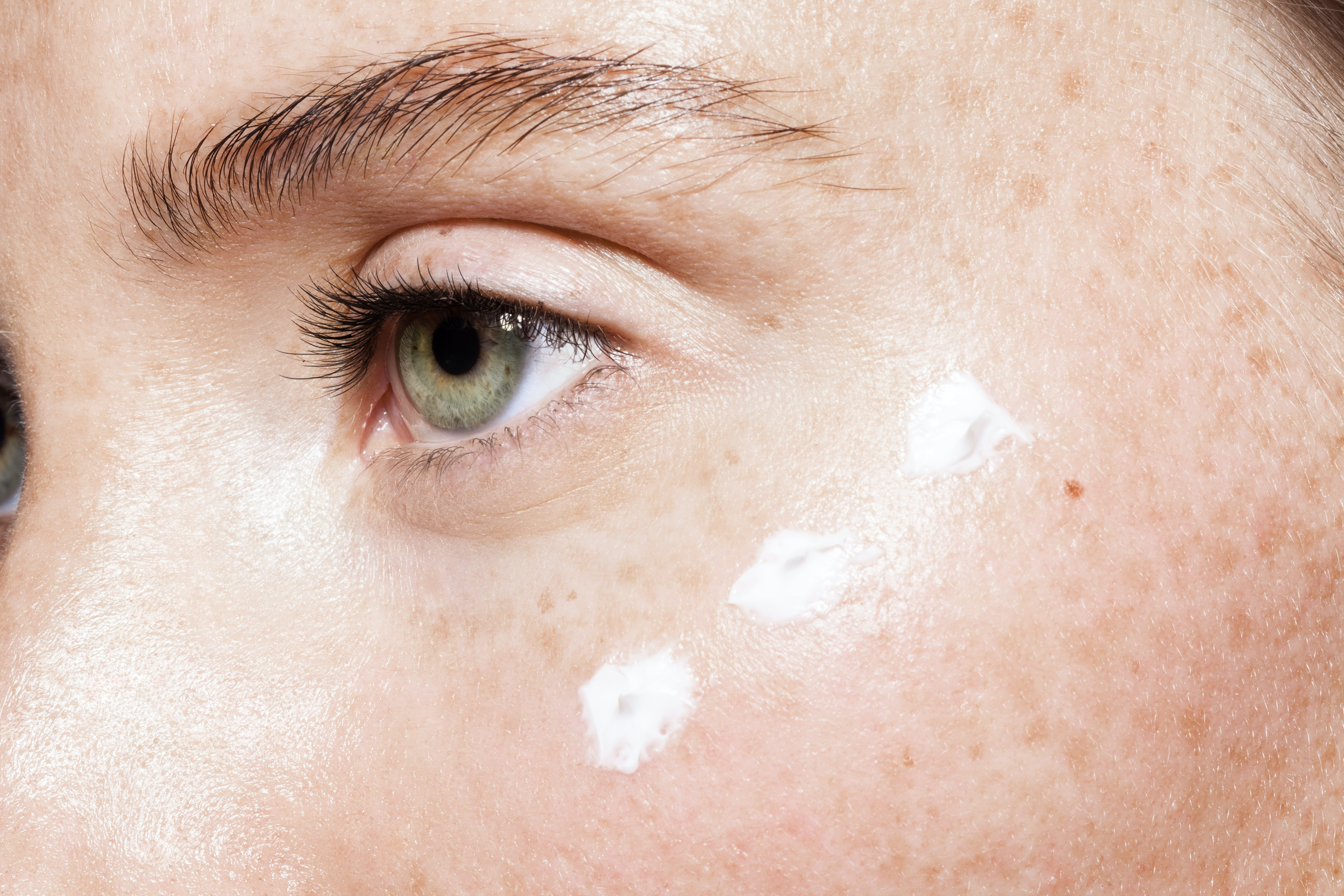 8 Home Remedies For Clear Skin That Are Natural Cheap