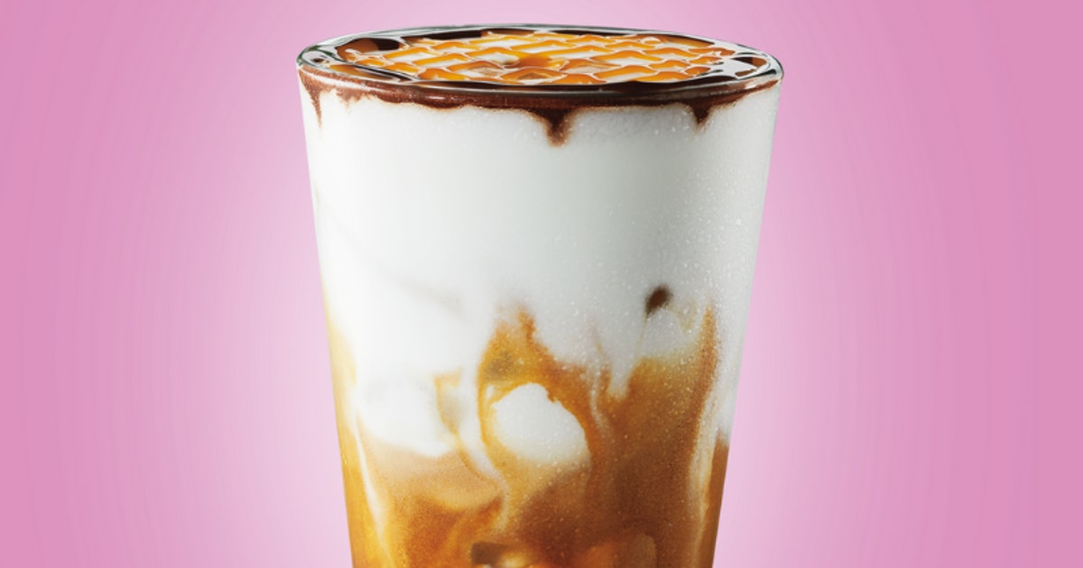 Starbucks' New Iced Cocoa Cloud Macchiato Is A Summery Twist On Your Fave Sips