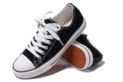 Aomais Low-Top Lace-Up Canvas Shoes