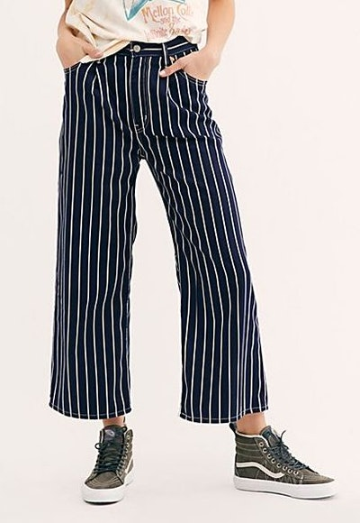 Ribcage Pleated Crop Jeans