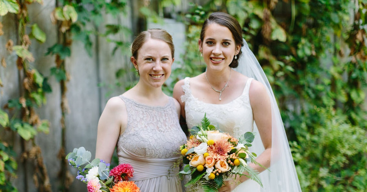 How Much Does Being A Bridesmaid Cost? It's Way More Than You Might Think