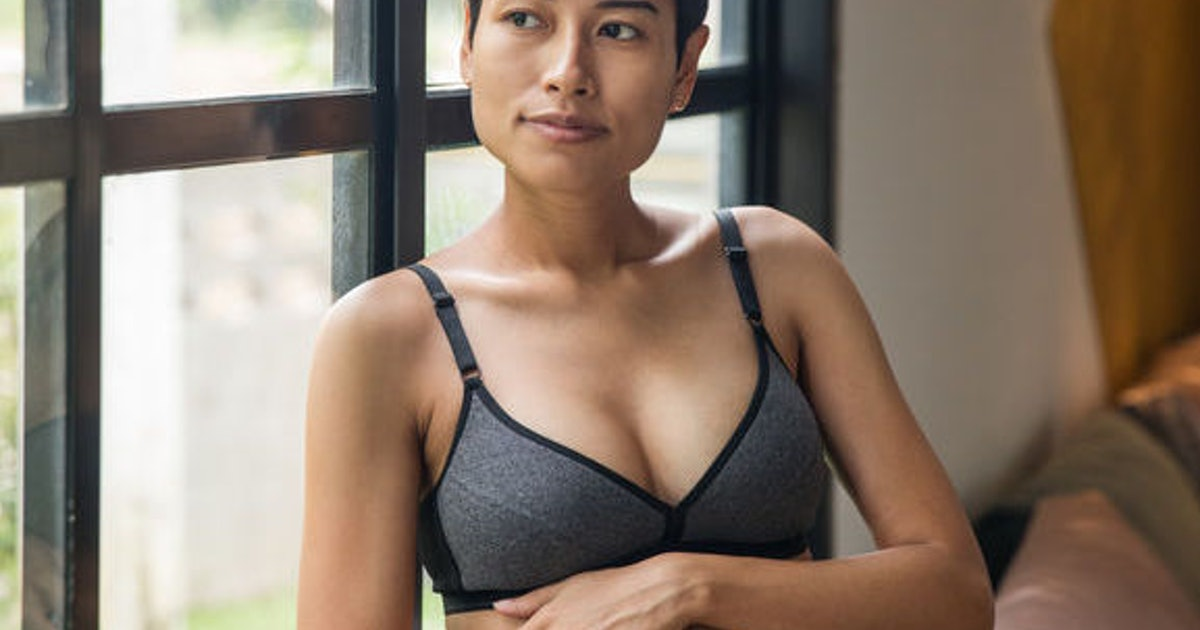 10 Best Maternity Bras On Amazon With Near-Perfect Reviews