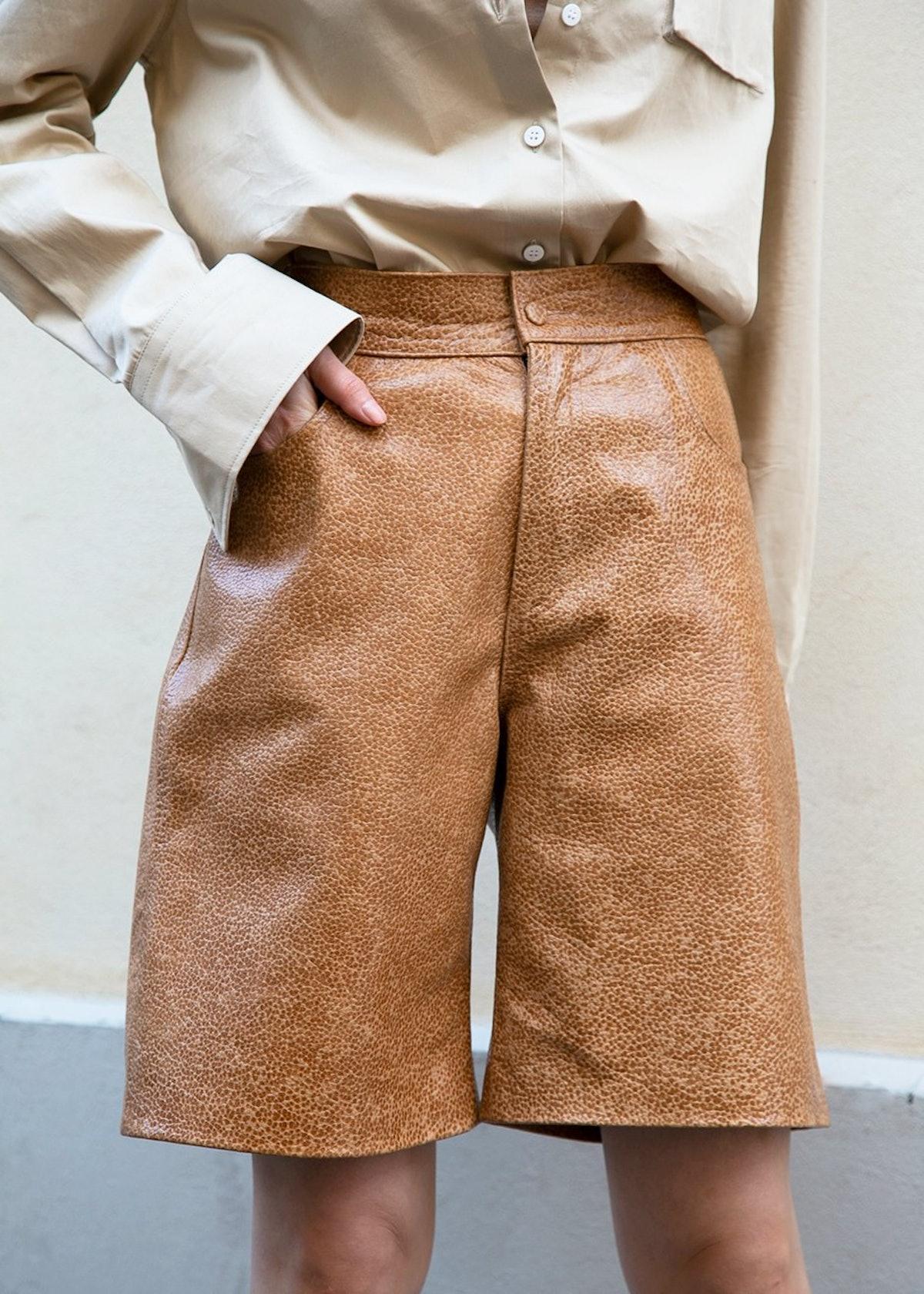 Bermuda Shorts In Dark Camel Embossed Leather