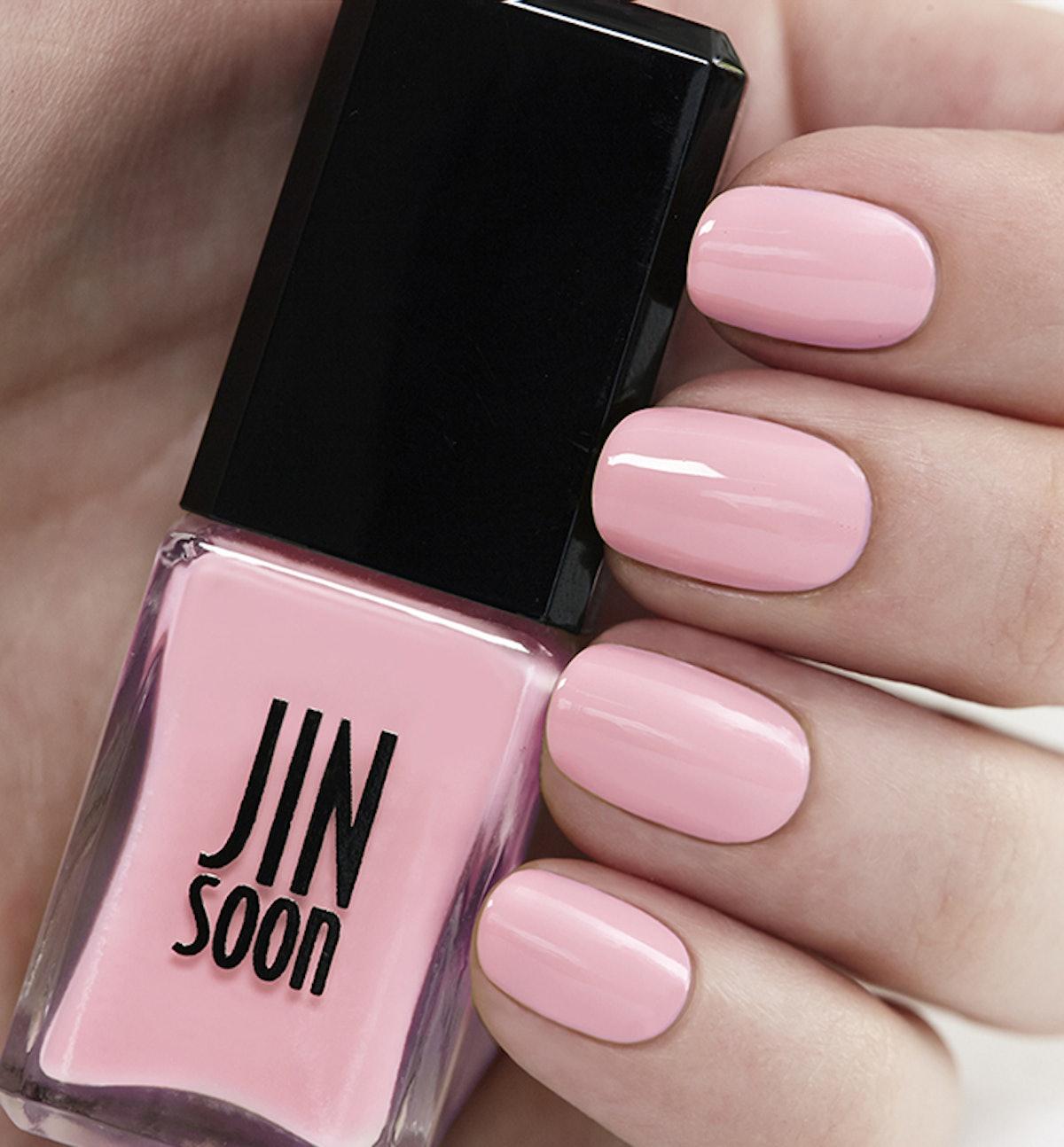 Nail Polish in Dolly Pink