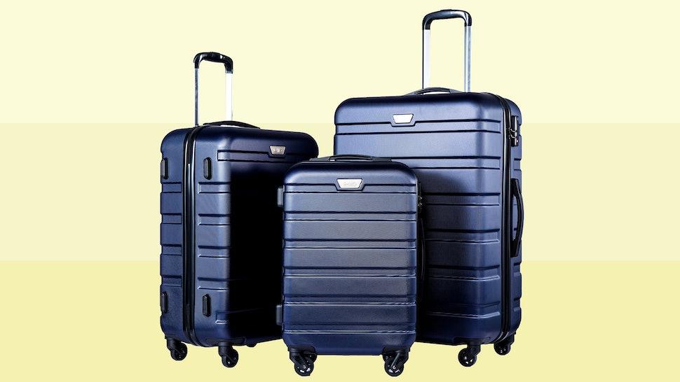 5437cf743d97 The 5 Best Lightweight Luggage