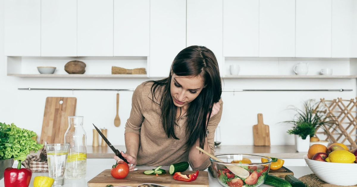 The 14 Best Healthy Cookbooks According To Nutritionists