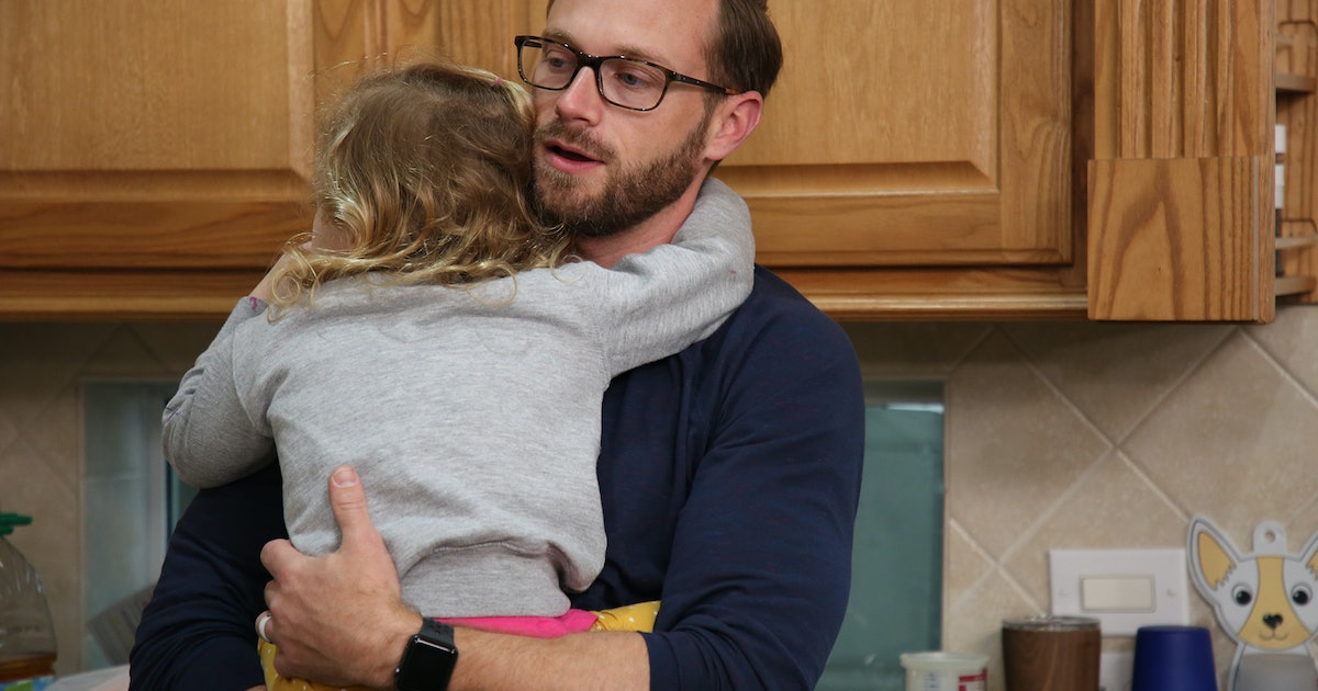 Adam Puts The Busby Quints To Work On 'OutDaughtered' — EXCLUSIVE