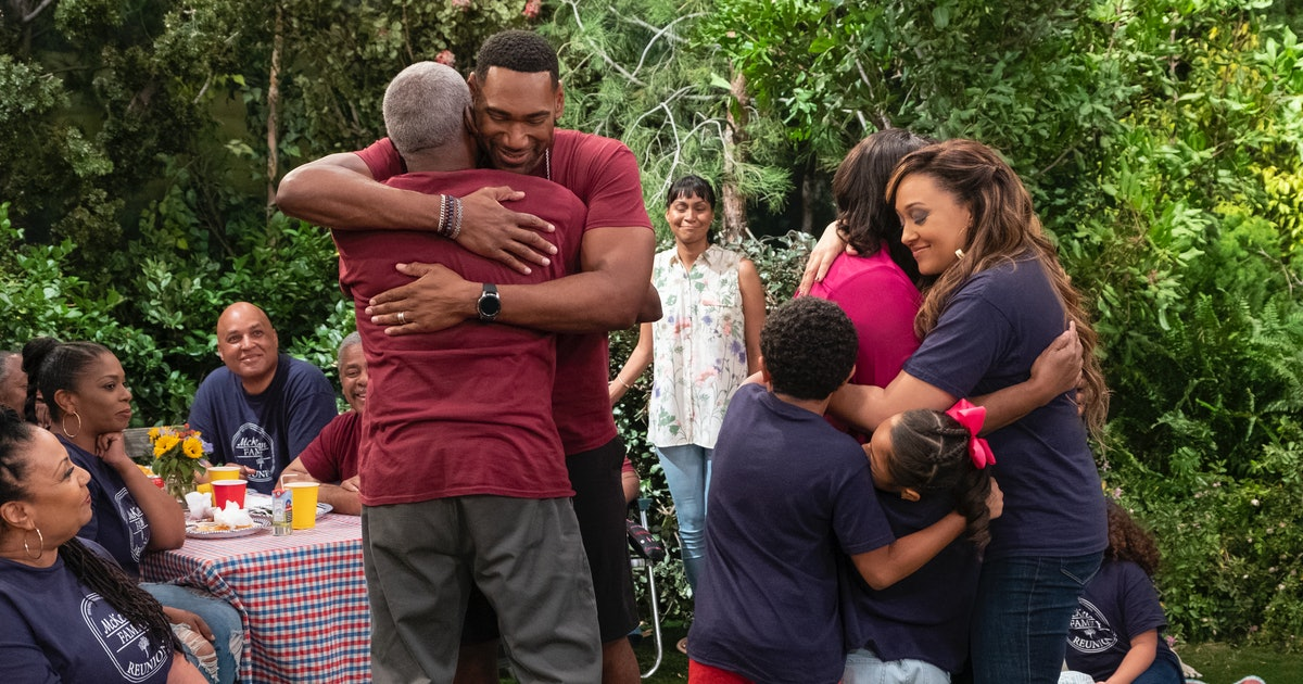 How Many Episodes Is 'Family Reunion'? The New Netflix Sitcom Will Bring A Smile To Your Summer