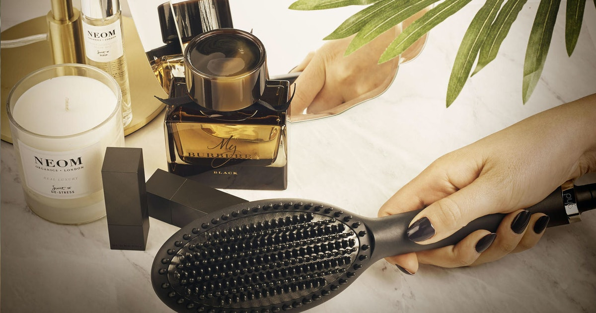 Here's Where To Buy The GHD Glide In The UK, Because This Styling Tool Is A Must-Have For Your Hair Routine
