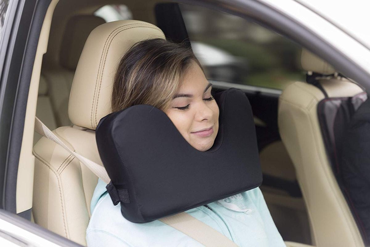 Knidos Travel Pillow