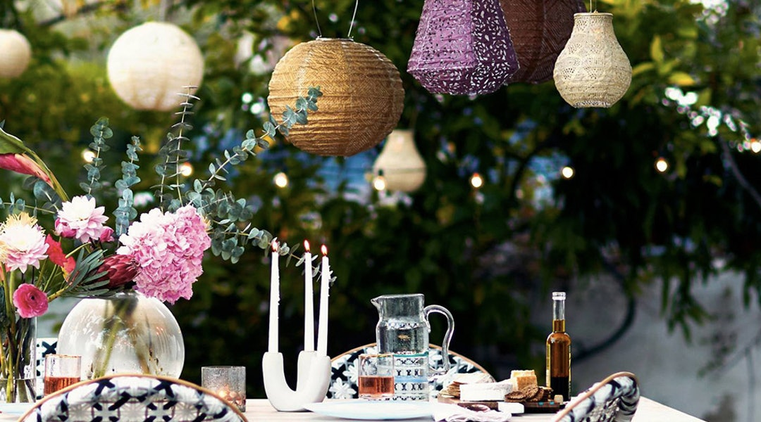 10 Affordable Outdoor Lighting Ideas To Make Your Patio The