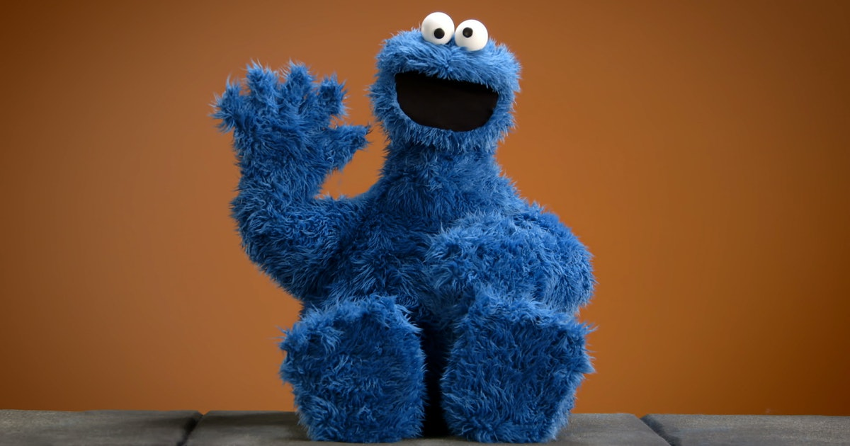 Hasbro's Cookie Monster Replica Is Amazing, But You Need To Help Make It Happen