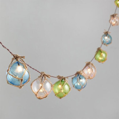 Rattan Wrapped Orb Solar String Lights