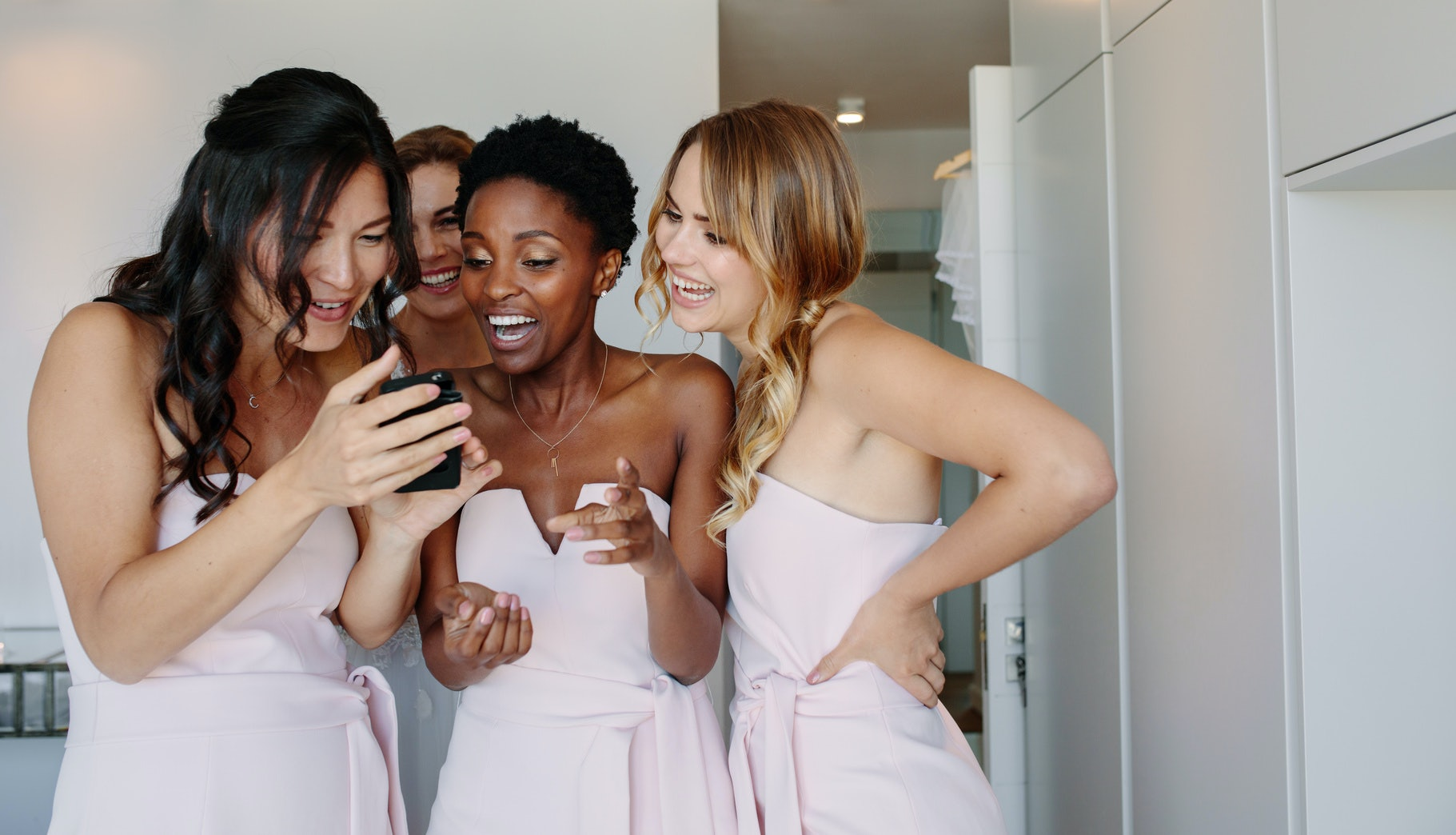 68 Group Chat Names For The Bridal Party Because There S A Whole Latte Love There
