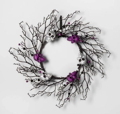 Skull and Berries Black Twig Halloween Wreath - Hyde And Eek! Boutique