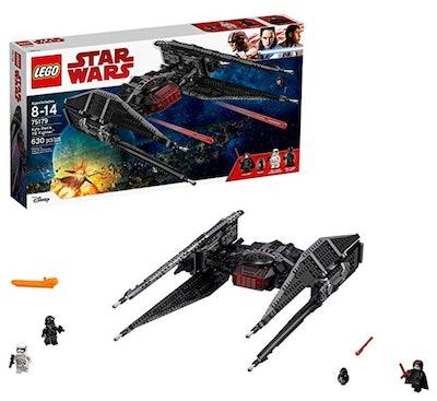 LEGO Star Wars Episode VIII Kylo Ren's Tie Fighter 630-Piece Building Kit