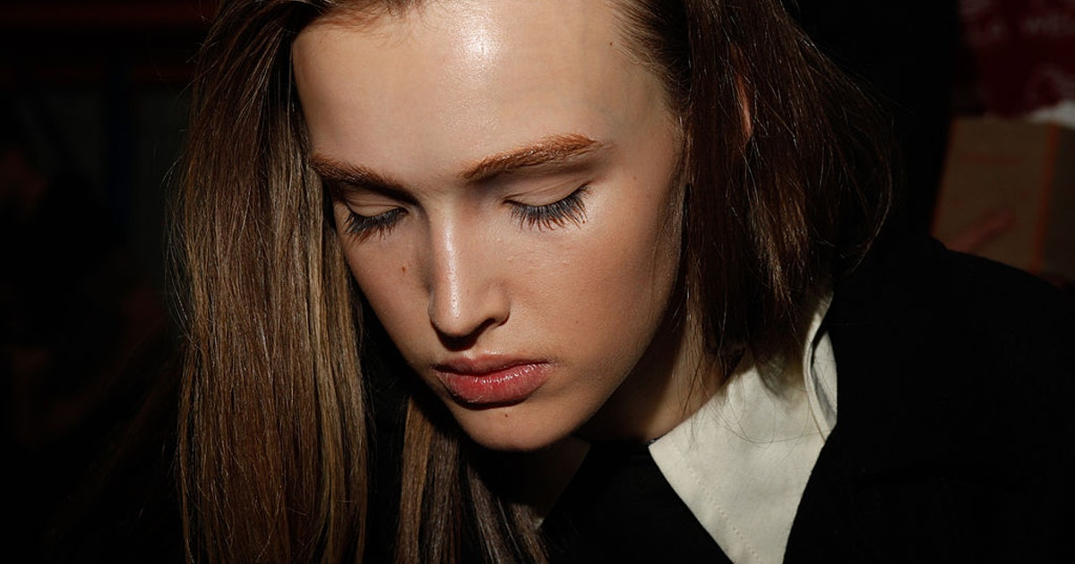 The Best Eyelash Growth Serums Have These Ingredients In Common