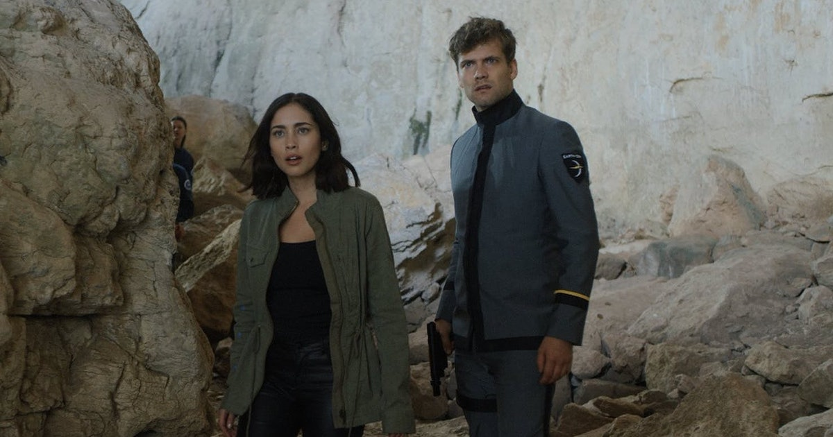How To Watch 'Pandora' In The UK, Because You Don't Want To Miss This Epic Sci-Fi Series