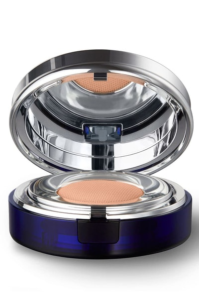 Skin Caviar Essence-in-Foundation SPF 25