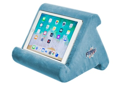 Flippy Pillow Stand