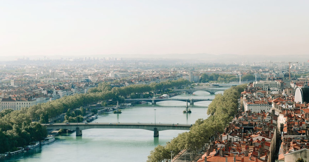 """Dollar Flight Club's July 17 Deals To Lyon Can Save You $552 On A Trip To France's """"Second City"""""""