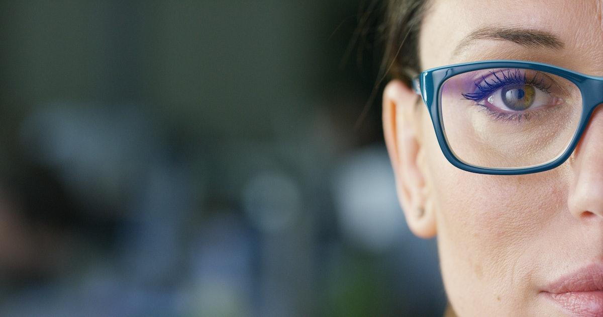 The 4 Best False Eyelashes For Glasses