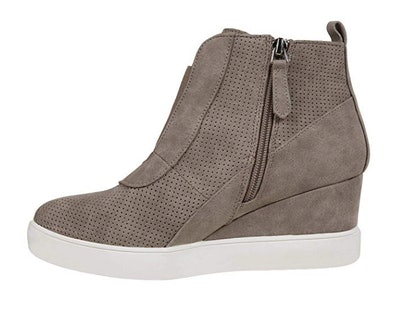 Seraih Women's Platform Wedge Sneakers