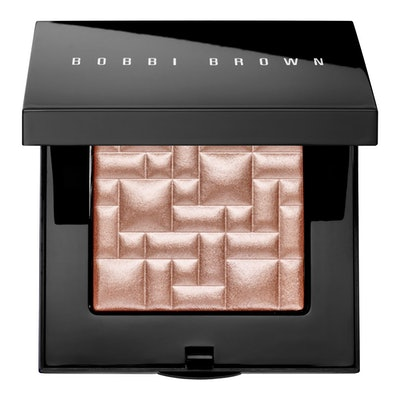Highlighting Powder in Afternoon Glow