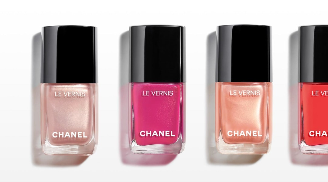 The Chanel Nail 2019 Collection Features 6 New High-Shine Polishes ...