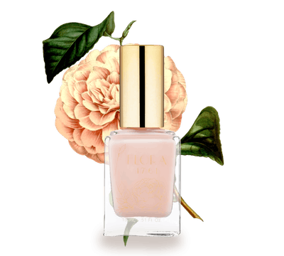 Nail Lacquer in Sheer Camellia