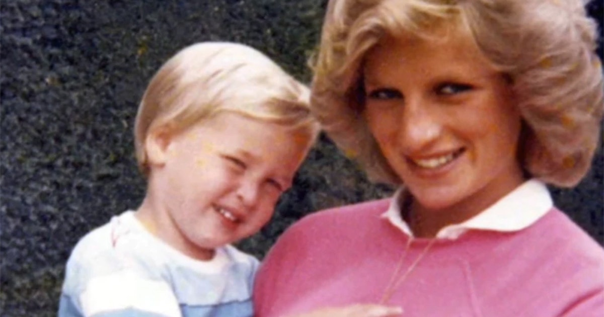 Photos Of Princess Diana After Prince William's Birth Paints A Beautiful Portrait Of Motherhood