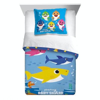 Baby Shark Comforter