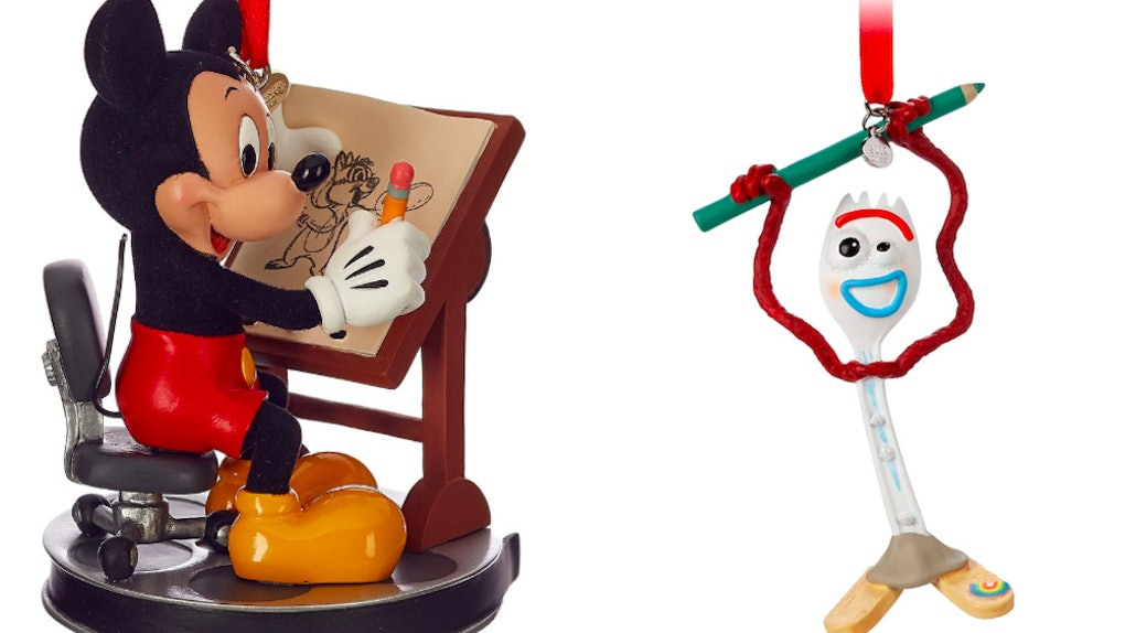Disney Christmas Pictures.Here S Where To Get Disney S 2019 Christmas Ornaments For A