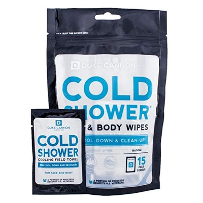 Duke Cannon Cold Shower Cooling Field Towels Pouch