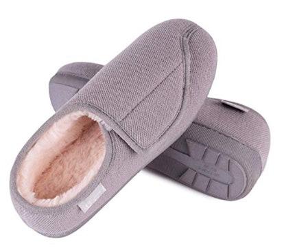 Longbay Women's Furry Memory Foam Slippers