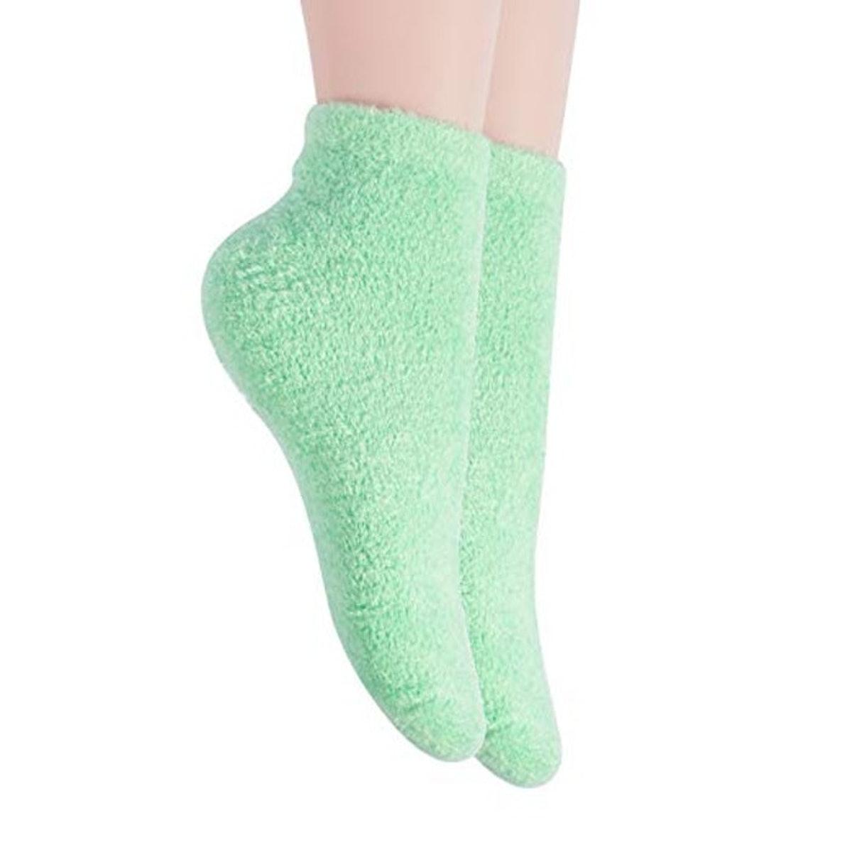 Bucky Aloe-Infused Socks