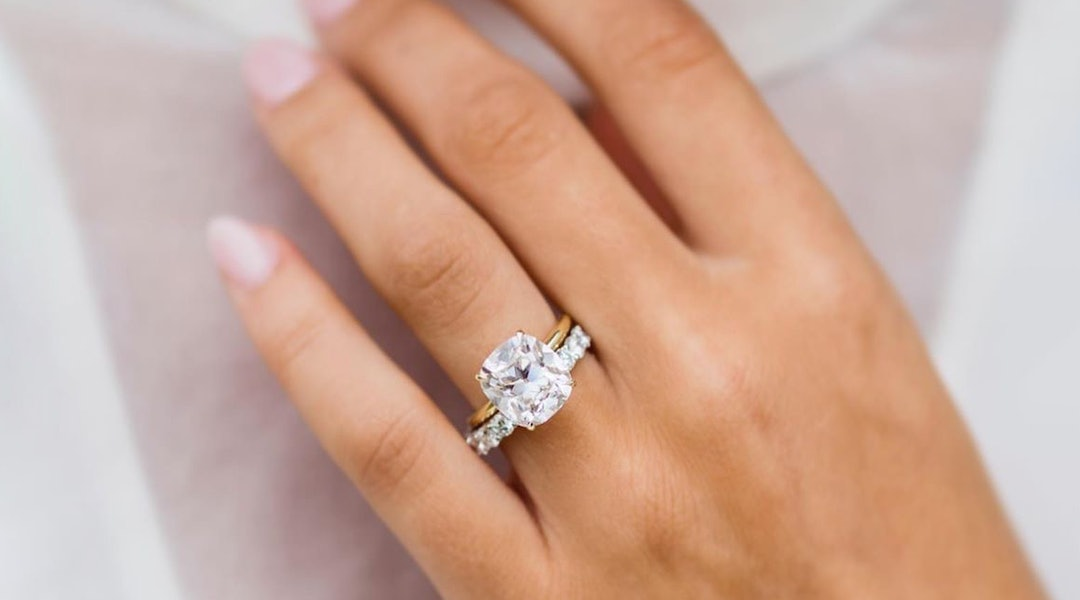 Moissanite Engagement Rings Are The Popular Diamond Alternative You Should  Consider
