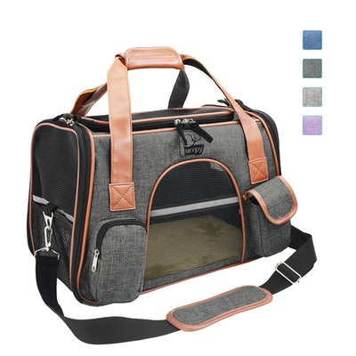 Premium Pet Carrier Airline Approved Soft Sided for Cats and Dogs