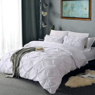 Vailge Pleated Duvet Cover And Shams (Set of 3)