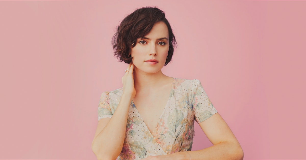 Daisy Ridley On Social Media Silence, Fan Backlash, & Why This Is Just A Job