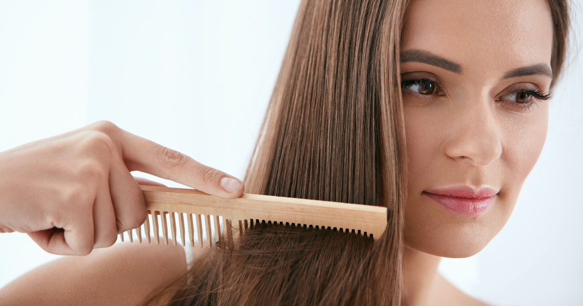 The 7 Best Oils For Hair Growth And Thickness