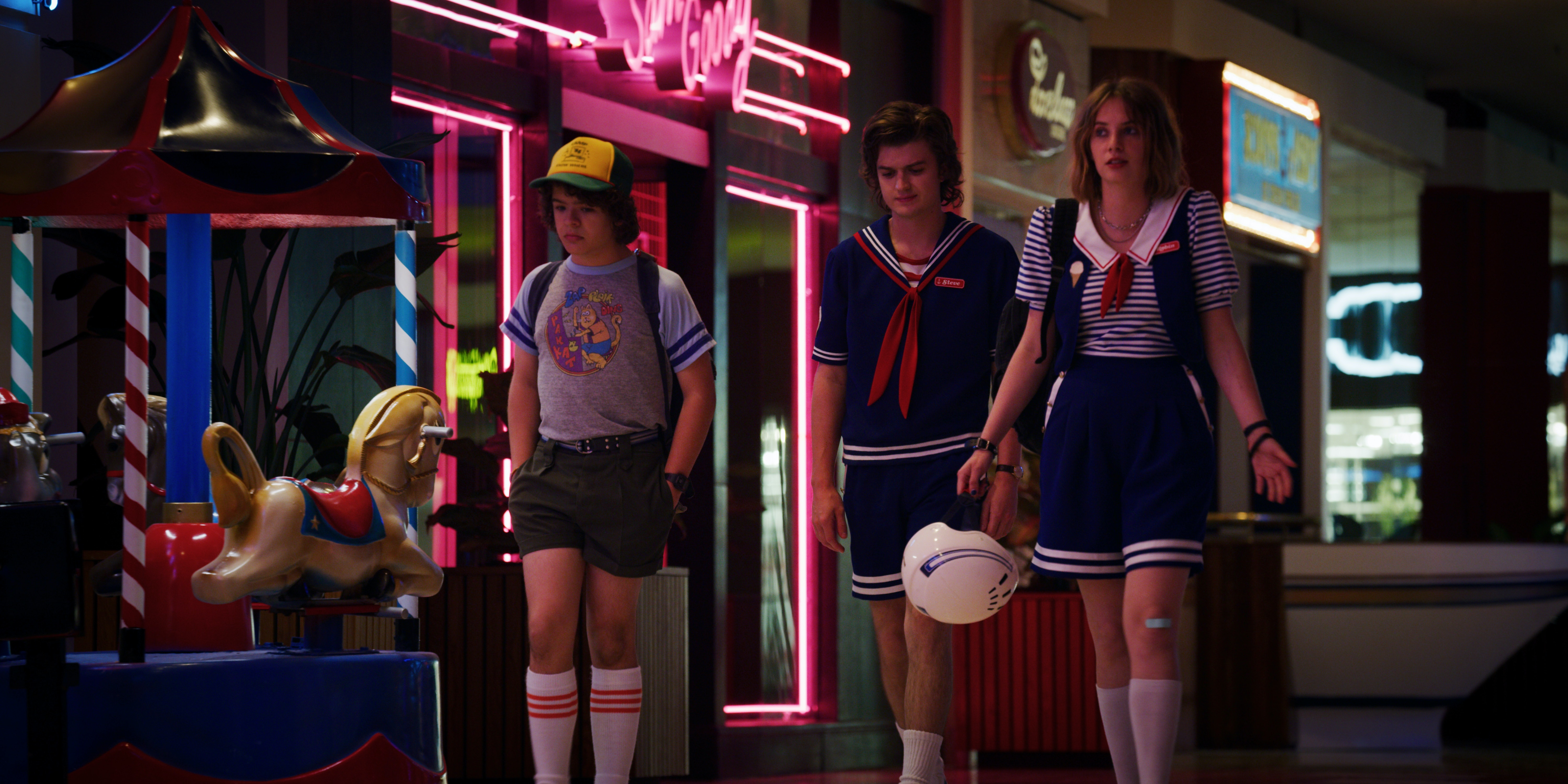 What The 'Stranger Things 3' Costumes Reveal About Each