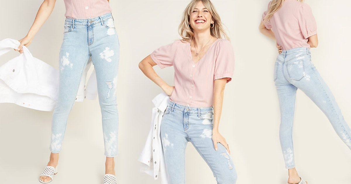 When Are Old Navy's 1 Week Of WOO-OOAH & 1 DAY-AAANG Sales? 50% Off The Whole Site Is Happening Soon