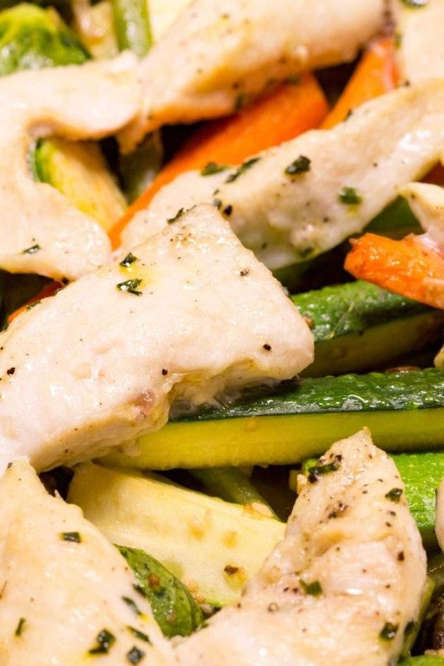 Sheet pan garlic chicken and veggies