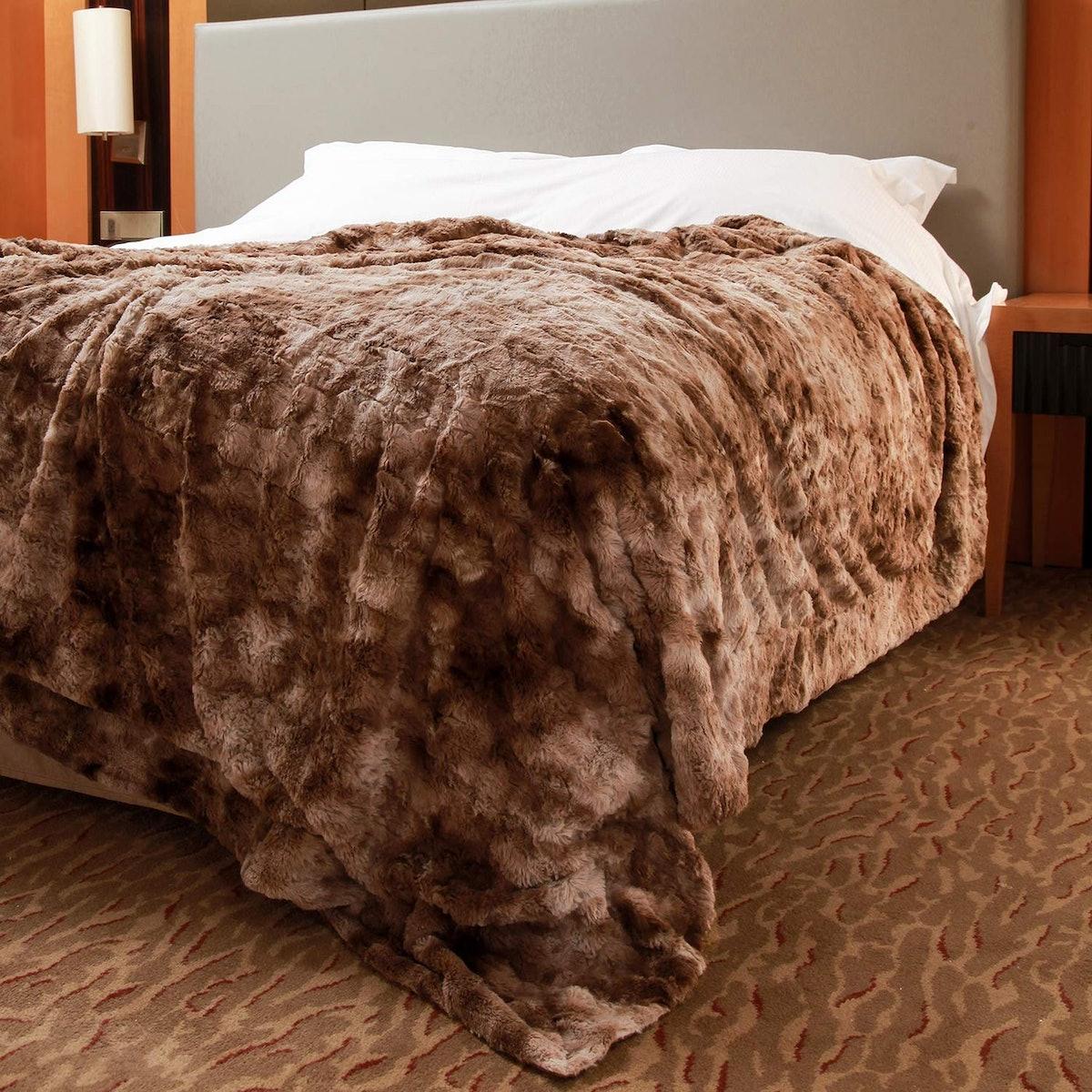 softan Faux Fur Blanket